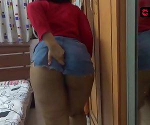 Mallu girl\'s big ass