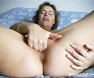 Mature wife fingering..