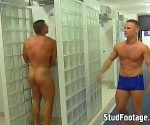 2 gay guys getting laid..