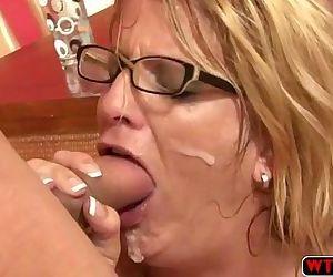 Wet pussy MILF Nina..