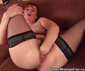 Sleazy Grandma In..