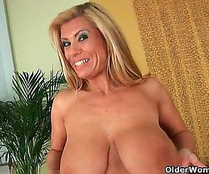Gilf with big boobs..