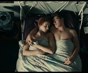 Sophie Turner - Kissing..