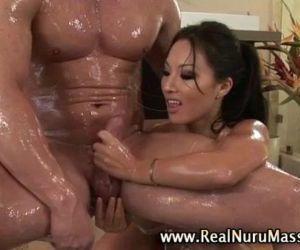 Wet asian fetish..