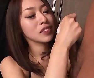 An Yabuki loves to feel..