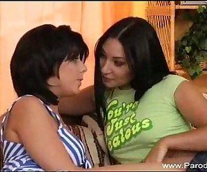 Strapon Lesbian Teens..