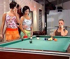 Pool School - 5 min