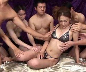 Sakura Hirota enjoys..