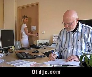 Old boss evaluates his..