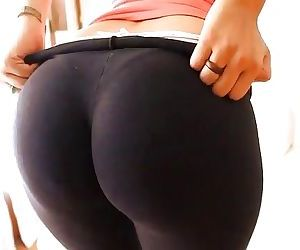 Perfect Cameltoe Pussy..