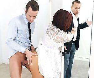 FamilyStrokes - Hot..