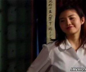 Asian hottie Tsukasa..