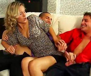 Nasty bisexual blowjob..