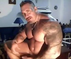 Muscle dad Solo..