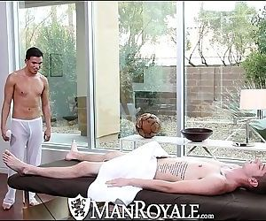 ManRoyaleLiam Troy Gets..