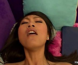 Hot Asian Gets..