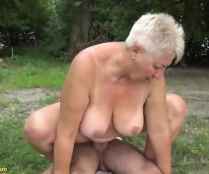 chubby mom outdoor..