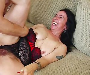Old hairy granny sex..