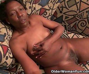 Ebony granny Amanda..