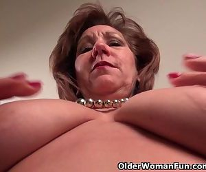 Pantyhosed mom..