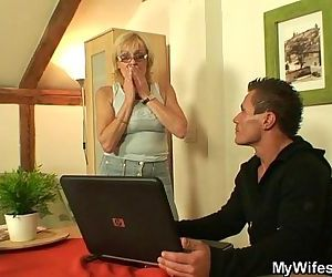 He bangs his old mother..