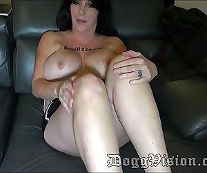 Big Tits Amazon MILF..