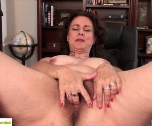 Hairy Wife Gianna Jones..