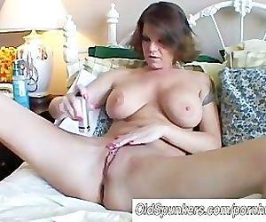 Big tits MILF shaves..