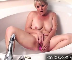 Amateur cougar uses..