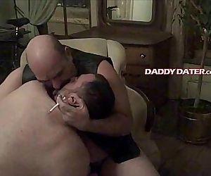 Hairy Daddybear top..