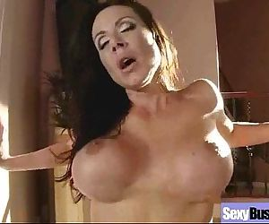Big Boobs Housewife In..