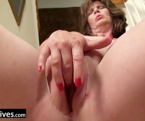 USAWives Horny wife on..