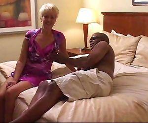 Swinger wife creampied..
