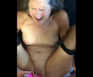 Hot MILF Gets Pussy..