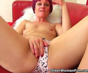 British milf Penny cant..