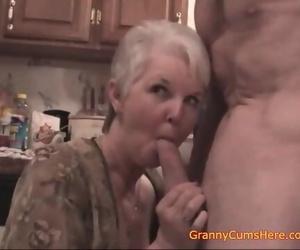Public Slut Grannies..