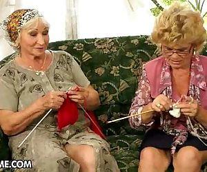 Lesbiche granny