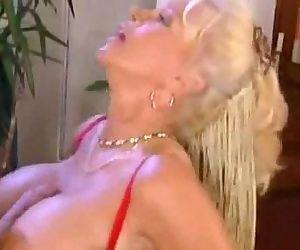 Hot German Granny - 6 min