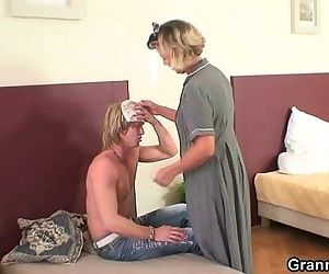 Morning sex with mature..