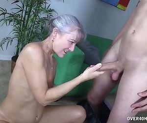 Granny\'s sex toy