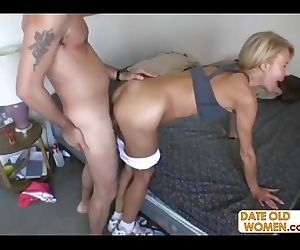 Hot GILF with hairy..