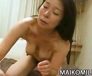 Akiko Oda - Hot Japan..