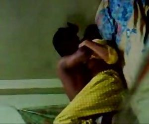 Desi couple fuck on bed..