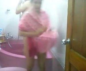 Desi Couple Taking Bath..
