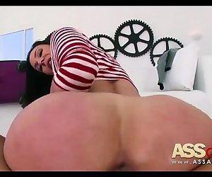 Big Booty Milf kendra..