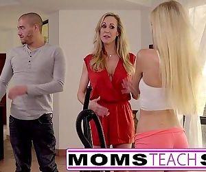 Moms Teach SexBig tit..