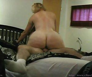 Big Butt Blonde Cougar..