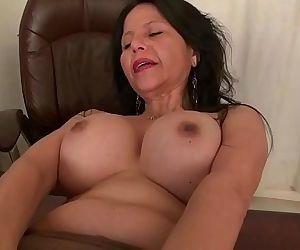 Americas sexiest milfs..