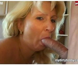 MILF gone wild - 6 min HD