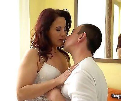 Sexy MILF with big ass..